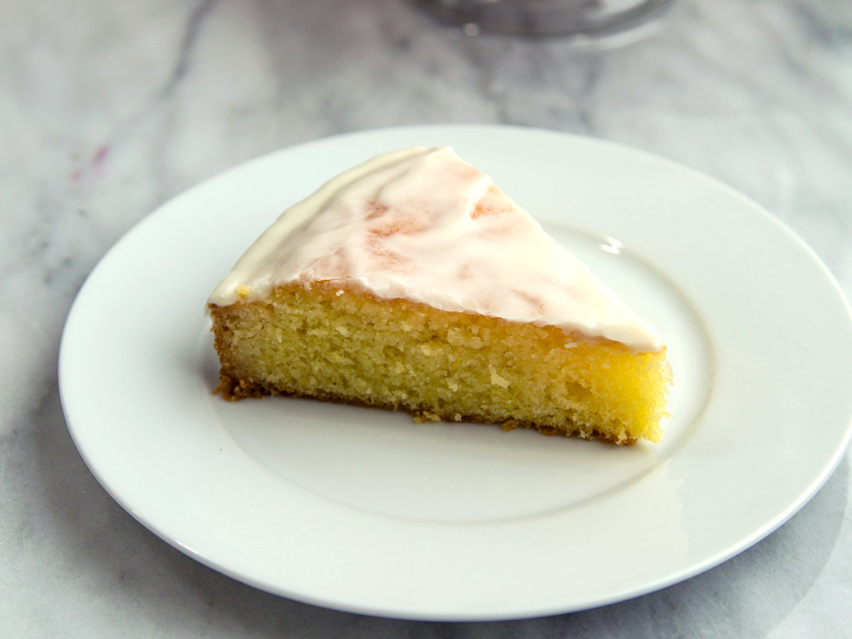 Recipes Using Lemon Drizzle Cake: Lemon Drizzle Cake Recipe - Anna Painter
