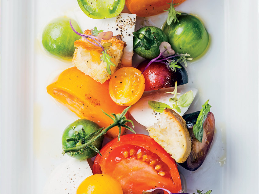 Tomato-and-Mozzarella Salad with Orange Oil
