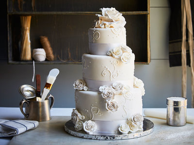 wedding cake done at home