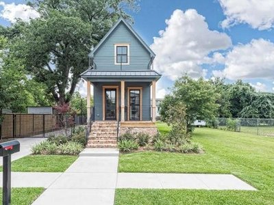 Fixer Upper Shotgun House for Sale