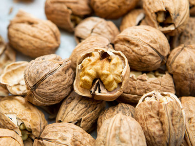 walnuts and appetite control
