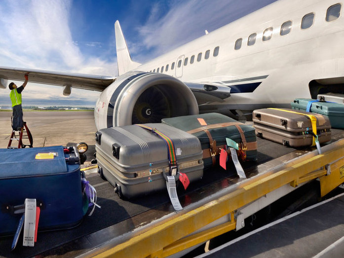 airline luggage news