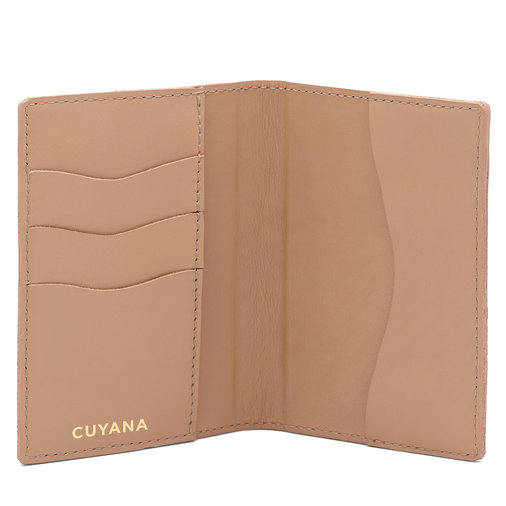 Cuyana Passport Case
