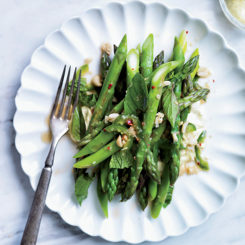 Asparagus Salad with Kaffir-Lime Curry & Peanuts