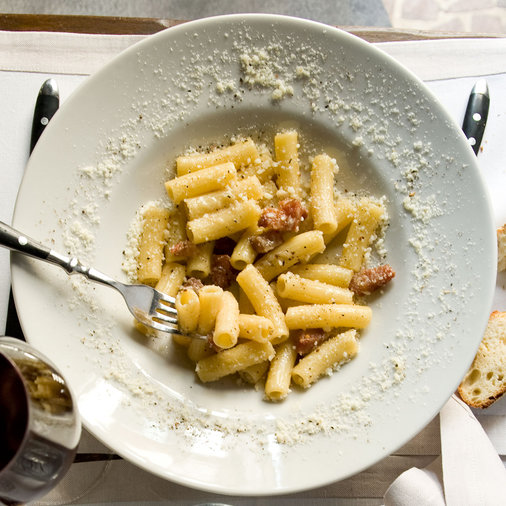 Rigatoni with Pecorino and Crispy Guanciale
