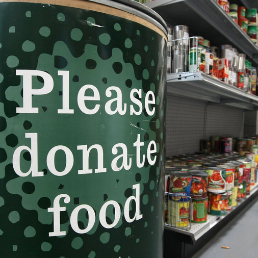 An Alabama A&M student starts a food pantry for his classmates.