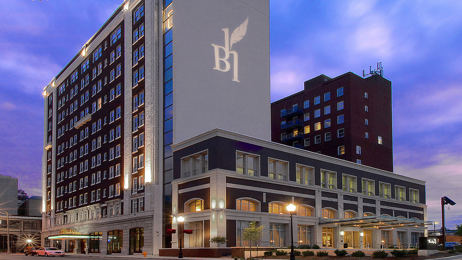Hotel Blackhawk, an Autograph Collection Hotel in Iowa