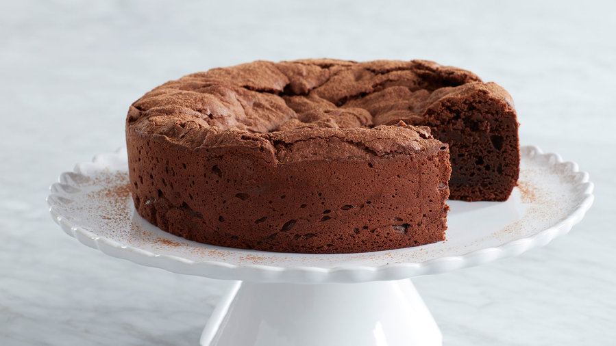Dean & DeLuca's Flourless Chocolate Cake