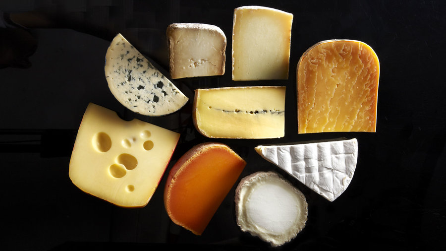 <strong>Cremería Los Globos for locally-made cheeses</strong>
