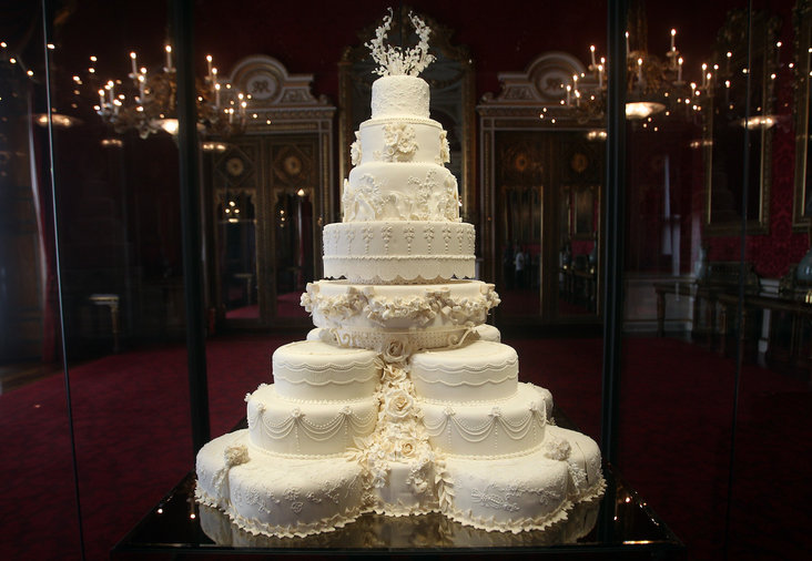 11 royal wedding cakes from around the world food wine will kate wedding cake junglespirit Choice Image