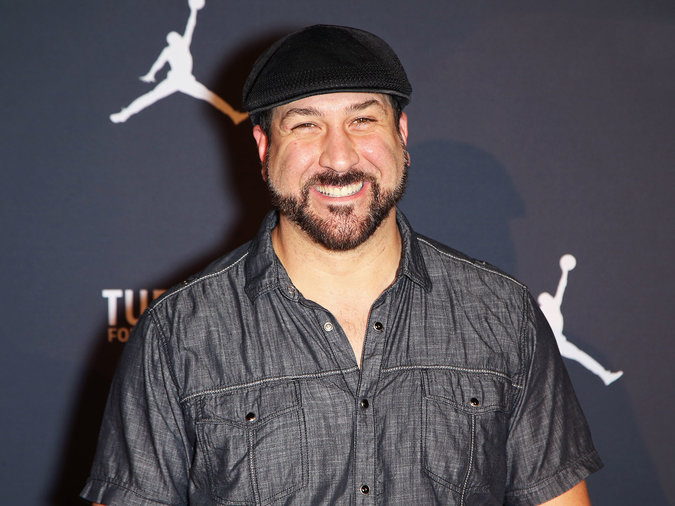 joey fatone hot dogs
