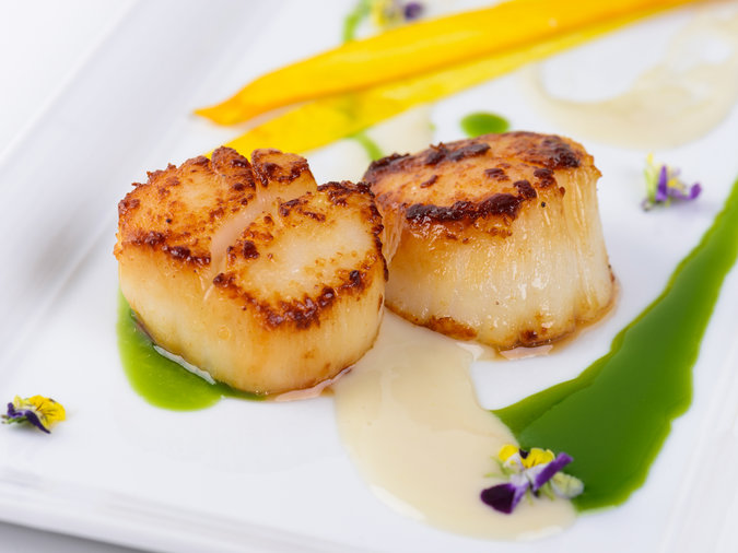 Chefs-Never-Buy-Frozen-scallops-FT-BLOG0519.jpg