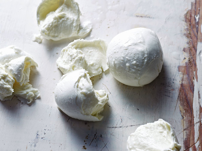 Chefs Don't Refrigerate Mozzarella Cheese