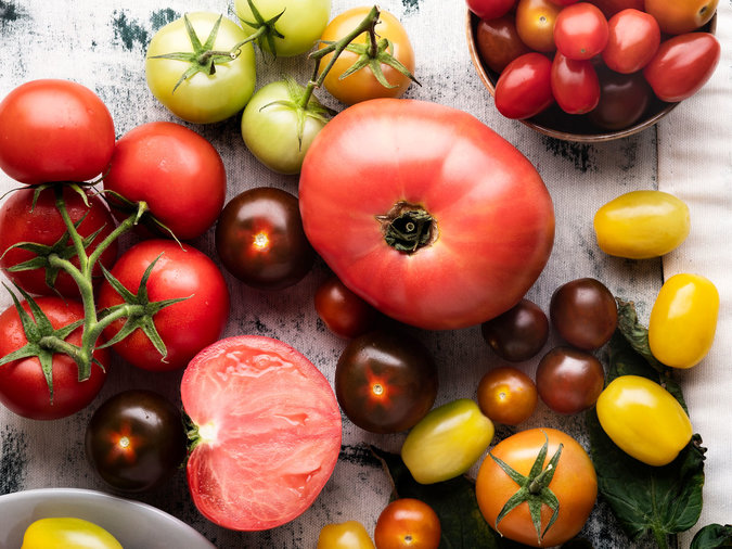 Chefs Don't Refrigerate Tomatoes