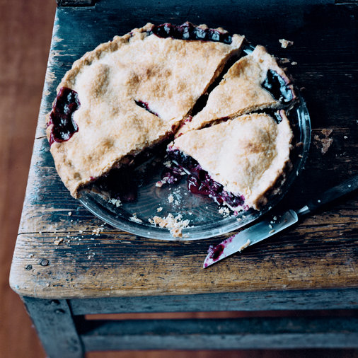 <p>Marilyn Batali's Blackberry Pie</p>