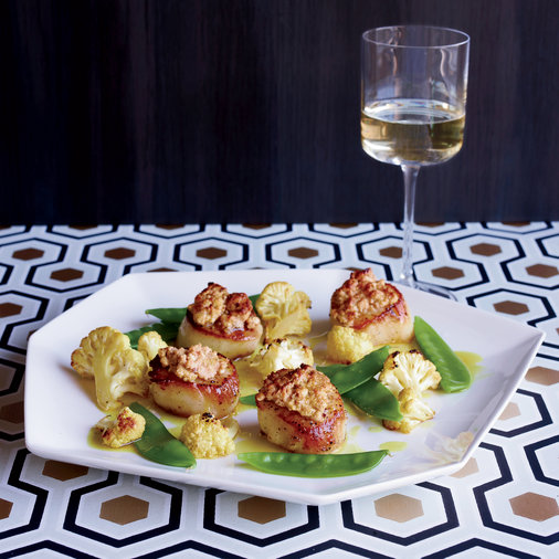 Scallops with Snow Peas, Cauliflower and Peanut Panade