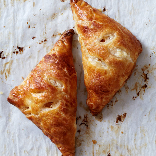 <p>Apple Blintz Hand Pies</p>