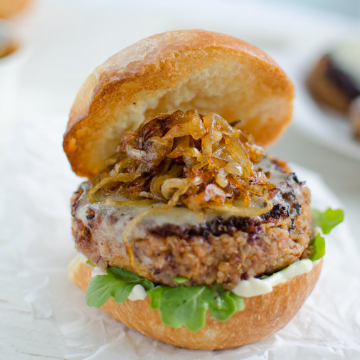 8 Super-Tasty Meatless Burgers for Memorial Day