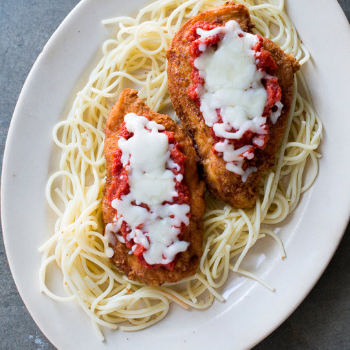 <p>March 30: Easy Chicken Parmesan</p>