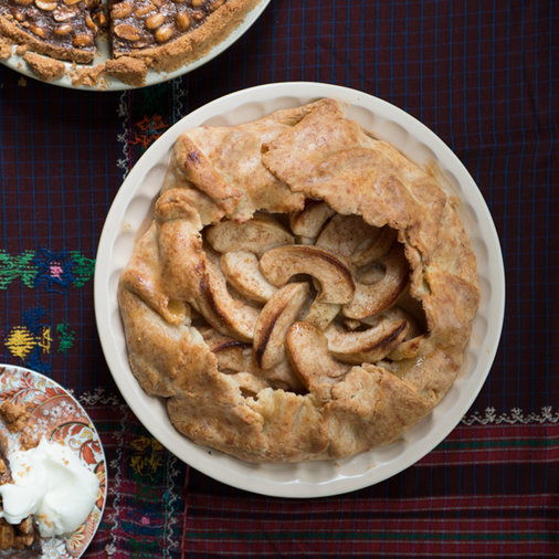 <p>Spiced Apple Pie with Cheddar Crust</p>