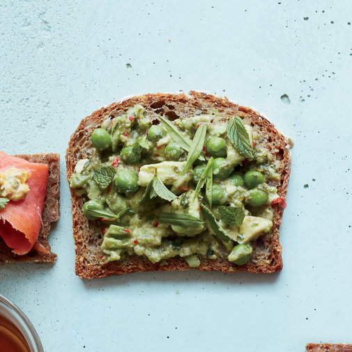 Day 16: Spicy Avocado and Pea Tea Sandwiches