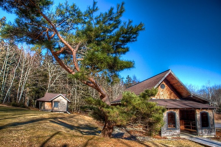 Maine Airbnb listing