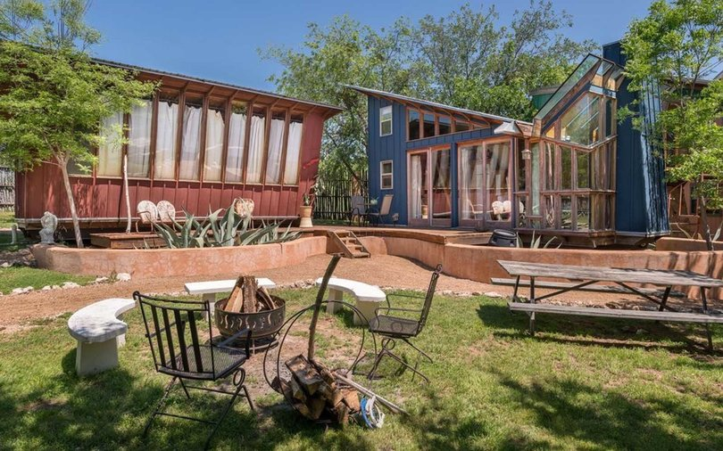 Glamping Hub - Texas Hill Country Cabin