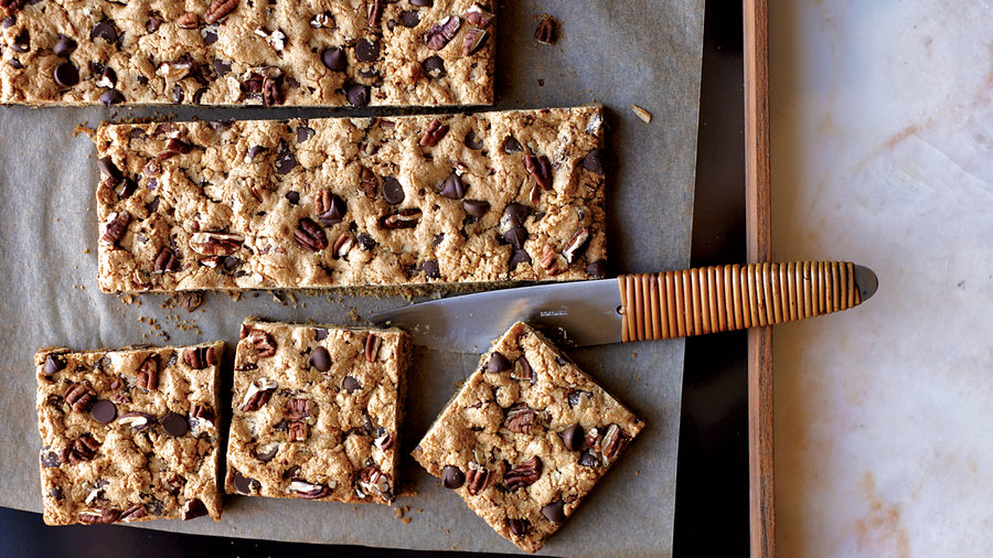 Chocolate-Chip-Pecan Cookie Bars