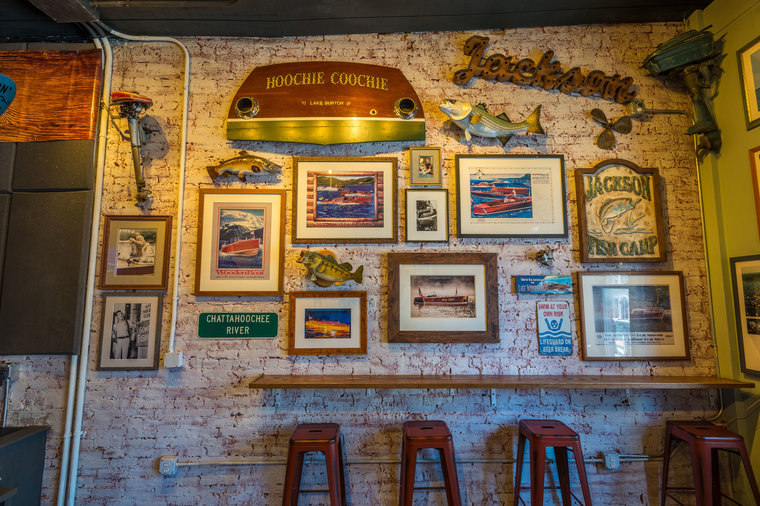 Photo Wall Alan Jackson New Bar