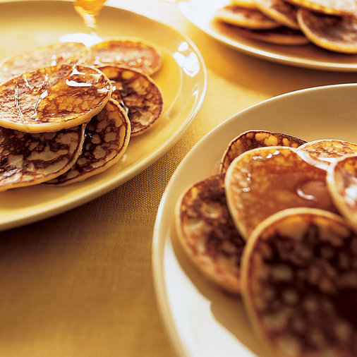Lemon-Ricotta Pancakes Drizzled with Honey