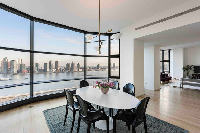 Queen Elizabeth's NYC Apartment, Dining room with East River views