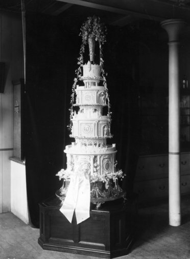Duke of York wedding cake