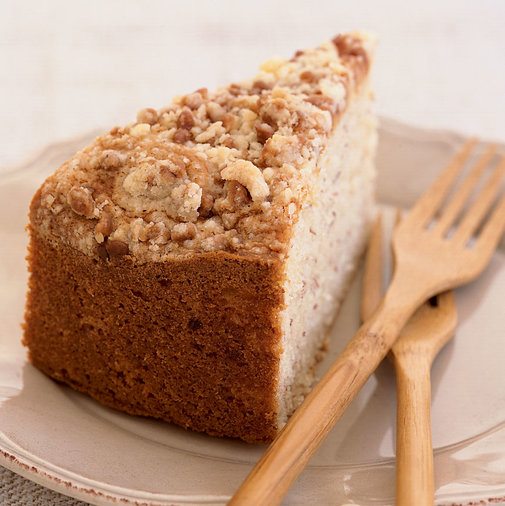 Sour Cream-Banana Toffee Crumb Cake