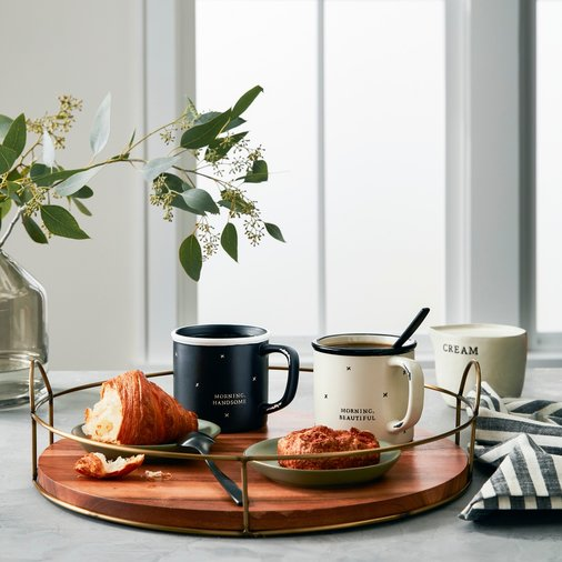 Wood and metal serving tray with mugs