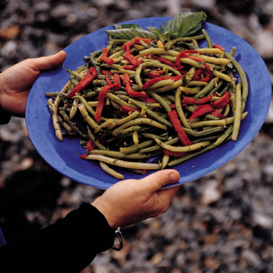 Basil Green Beans with Roasted Red Peppers