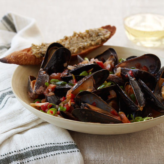 chile steamed mussels with green olive crostini mussels with cava and ...