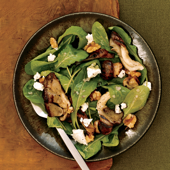 Arugula Salad with Mushrooms and Goat Cheese