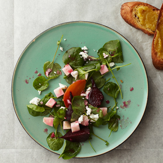 Watercress Salad with Beets and Roasted-Garlic Crostini