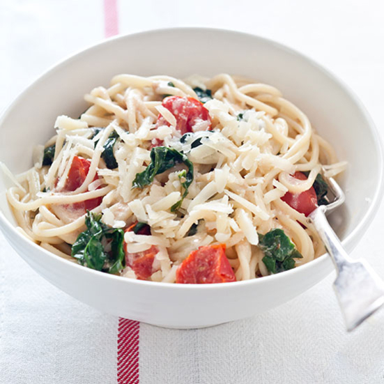 Spaghetti with Spinach, Tomatoes and Goat Cheese Recipe ...