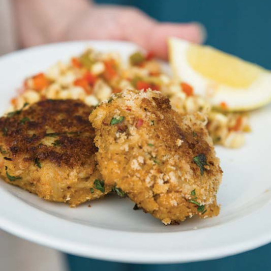 Crisp Cayenne-Spiced Crab Cakes