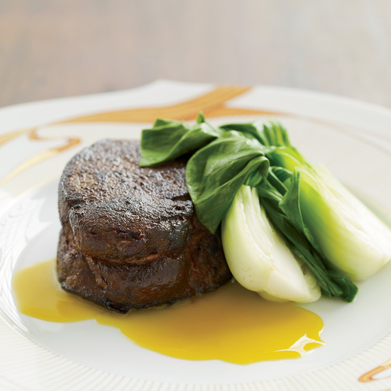 Paprika-Rubbed Tenderloin with Citrus-Mustard Butter