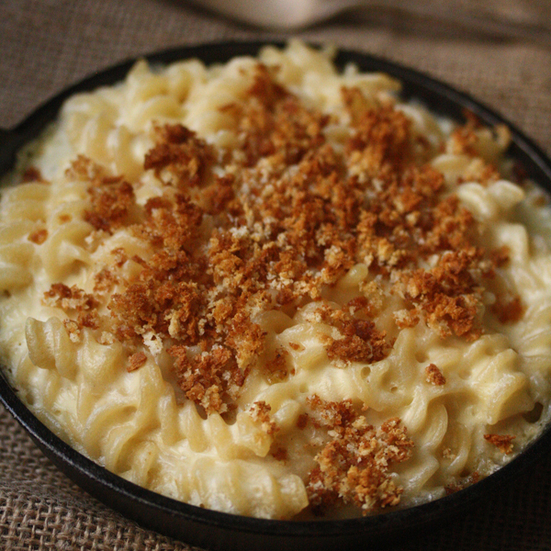 White Cheddar Mac n' Cheese Casserole