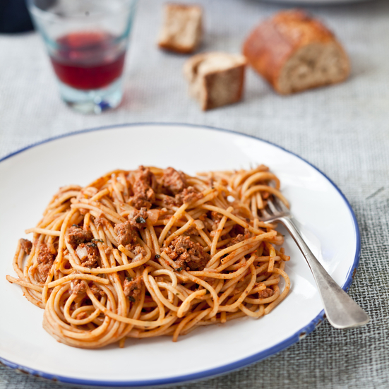 Whole-Wheat Spaghetti with Lamb, Tomato, and Cumin Sauce