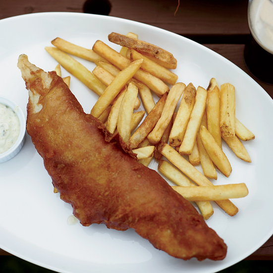 Fried beer battered fish and chips with dilled tartar for How to make batter for fish