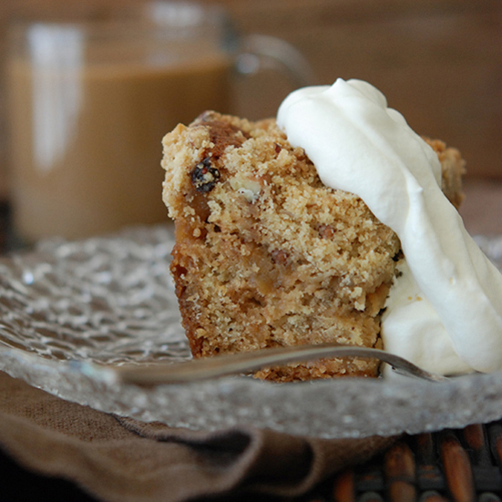 Apple-Raisin Crumb Cake