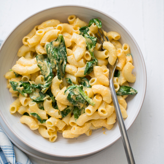 Easy Stovetop Spinach Mac and Cheese