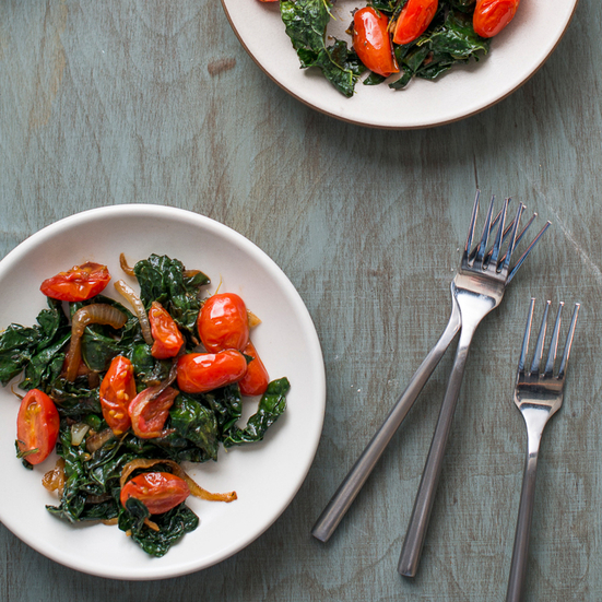 Stir-Fried Kale with Tomatoes