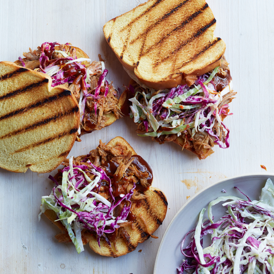 Pulled Pork Sandwiches with Barbecue Sauce