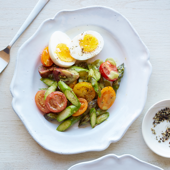Raw Asparagus Salad with Tomatoes and Hard-Boiled Eggs