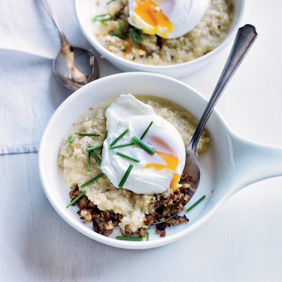 Quinoa porridge with mushrooms and poached egg.
